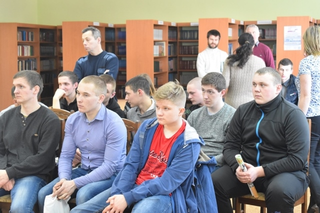 MACHINE OPERATOR STUDENTS OF THE OZERSK ENGINEERING SCHOOL DEMONSTRATED INTEREST IN WORKING FOR DOLGOVGRUPP