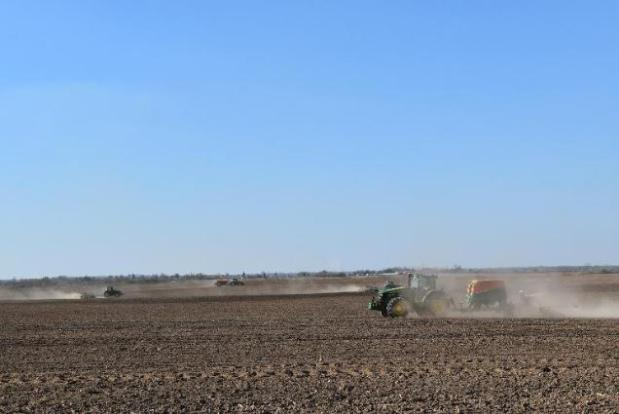 PLANNED SPRING WORKS STARTED ON FIELDS OF DOLGOVGROUP AGRICULTURAL HOLDING COMPANY